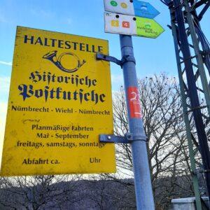 Haltestelle der Historischen Postkutsche in Nümbrecht-Spreitgen.